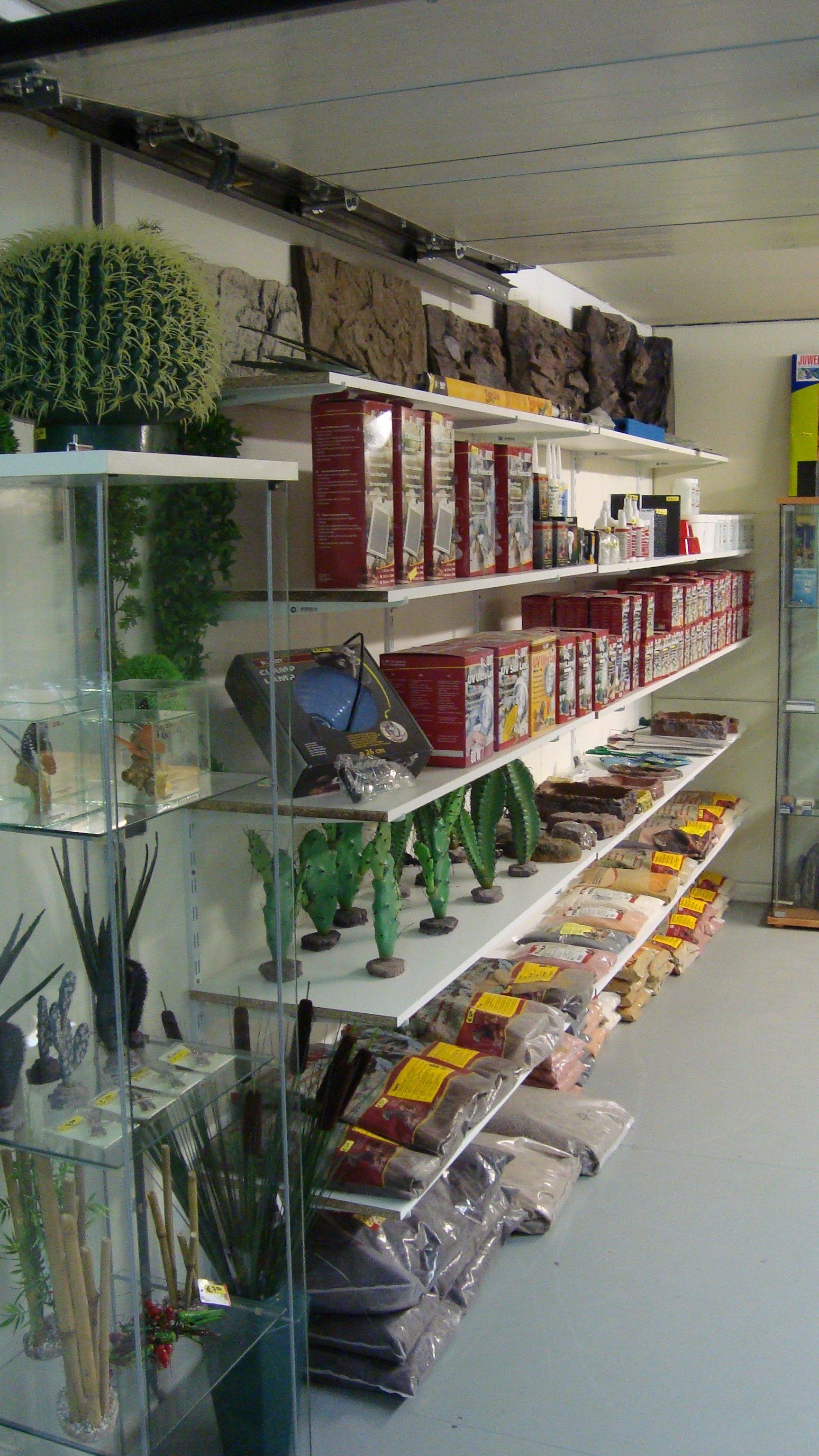 Terraglas showroom 3
